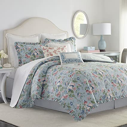 Amazon Com Laura Ashley Olivia Comforter Set King Blue Home Kitchen