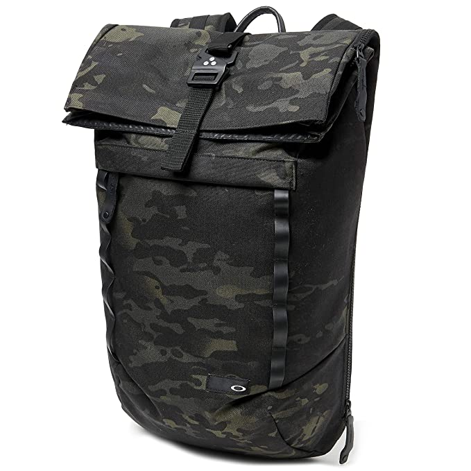 Oakley Men's Voyage 23l Roll Top Mc Accessory, -black Multicam, N/A