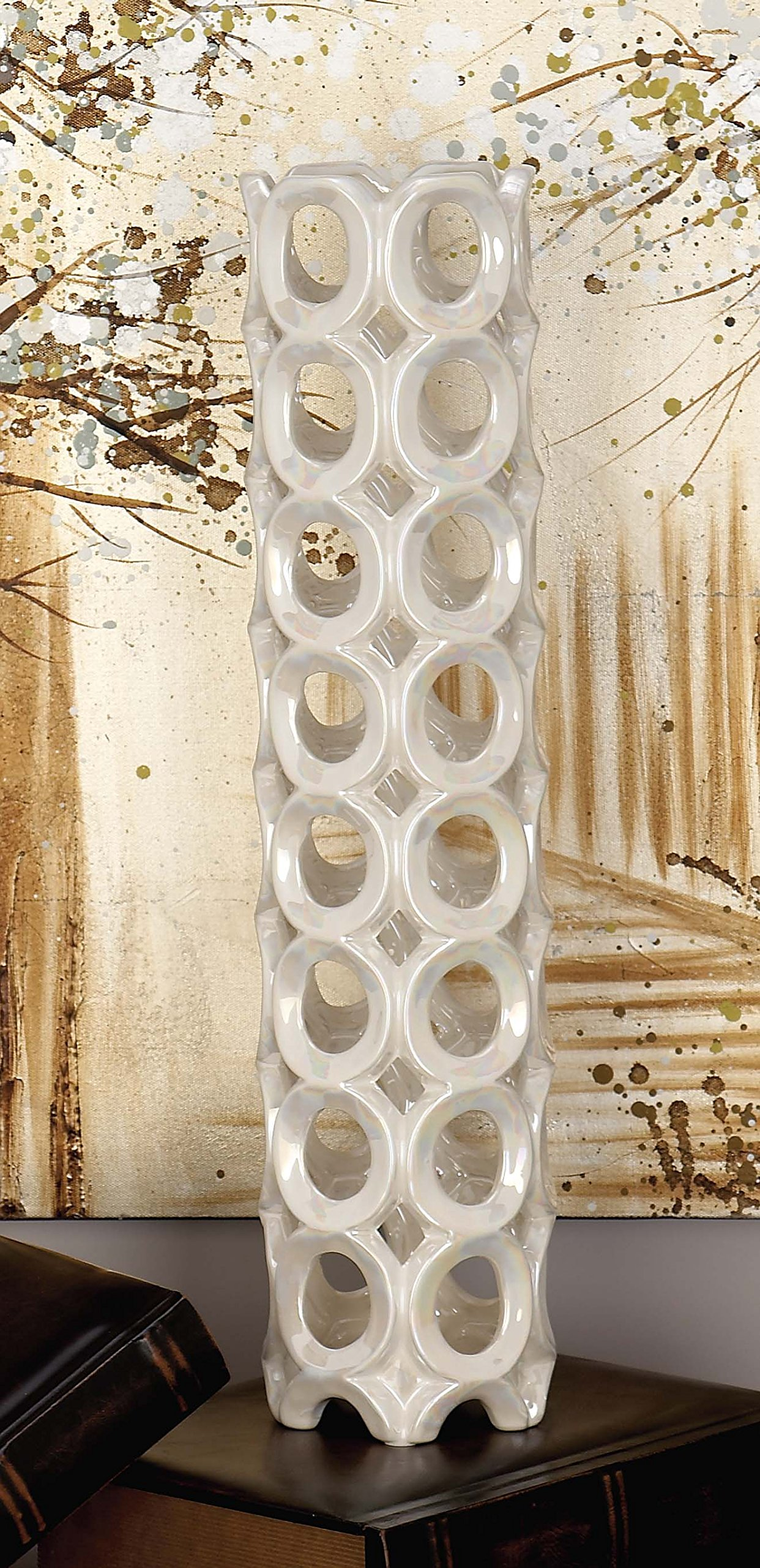 Deco 79 57505 Ceramic Pearl White Vase