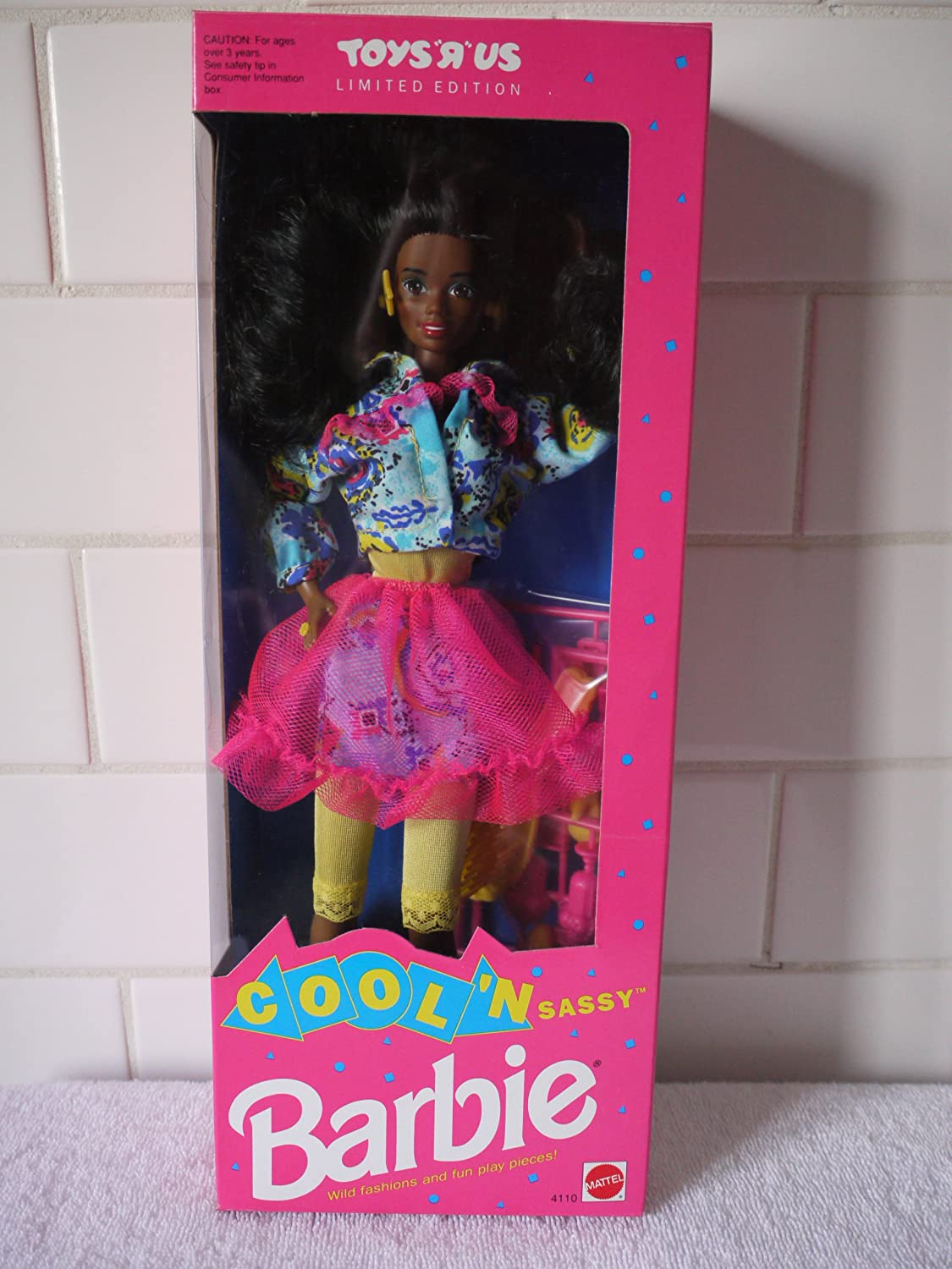 Cool 'N Sassy African American Barbie Toys R Us Limited Edition (1992)