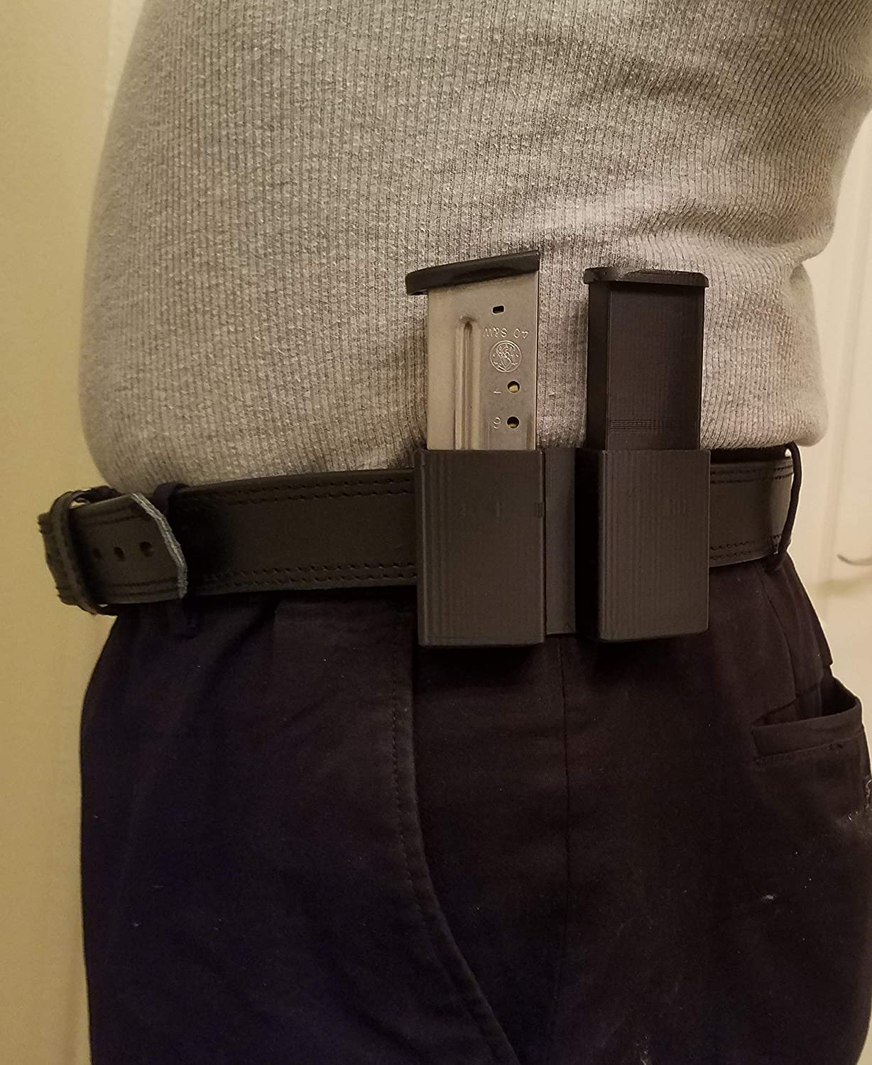 2 Mag Pouch fits Smith & Wesson, Shield, 9mm & 40 Cal. Mags. (Polymer)