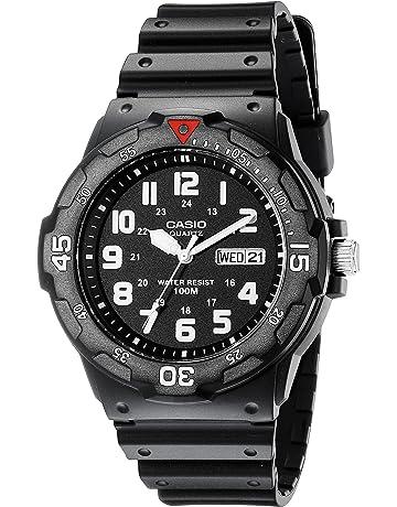 c559c8a5a45d4f Amazon.com  Watches - Men  Clothing
