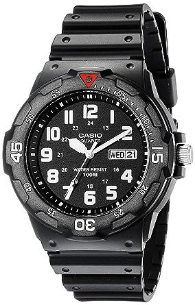 Amazon.com: Casio Reloj de buceo deportivo analógico para ...