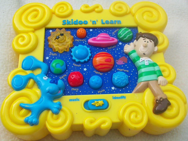 amazon com nick jr blues clues skidoo n learn game toy toys u0026 games