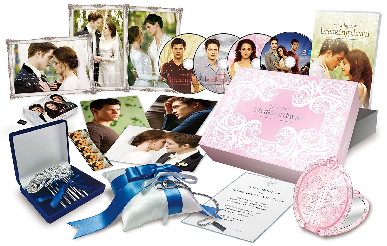 【Amazon.co.jp限定】ブレイキングドーンPart1 /トワイライトサーガ Blu-ray & DVDコンボ コレクターズBOX (『エクリプス/トワイライトサーガ』microSD付 Weddingエディション)(1,000セット限定) B007JRUL7Y