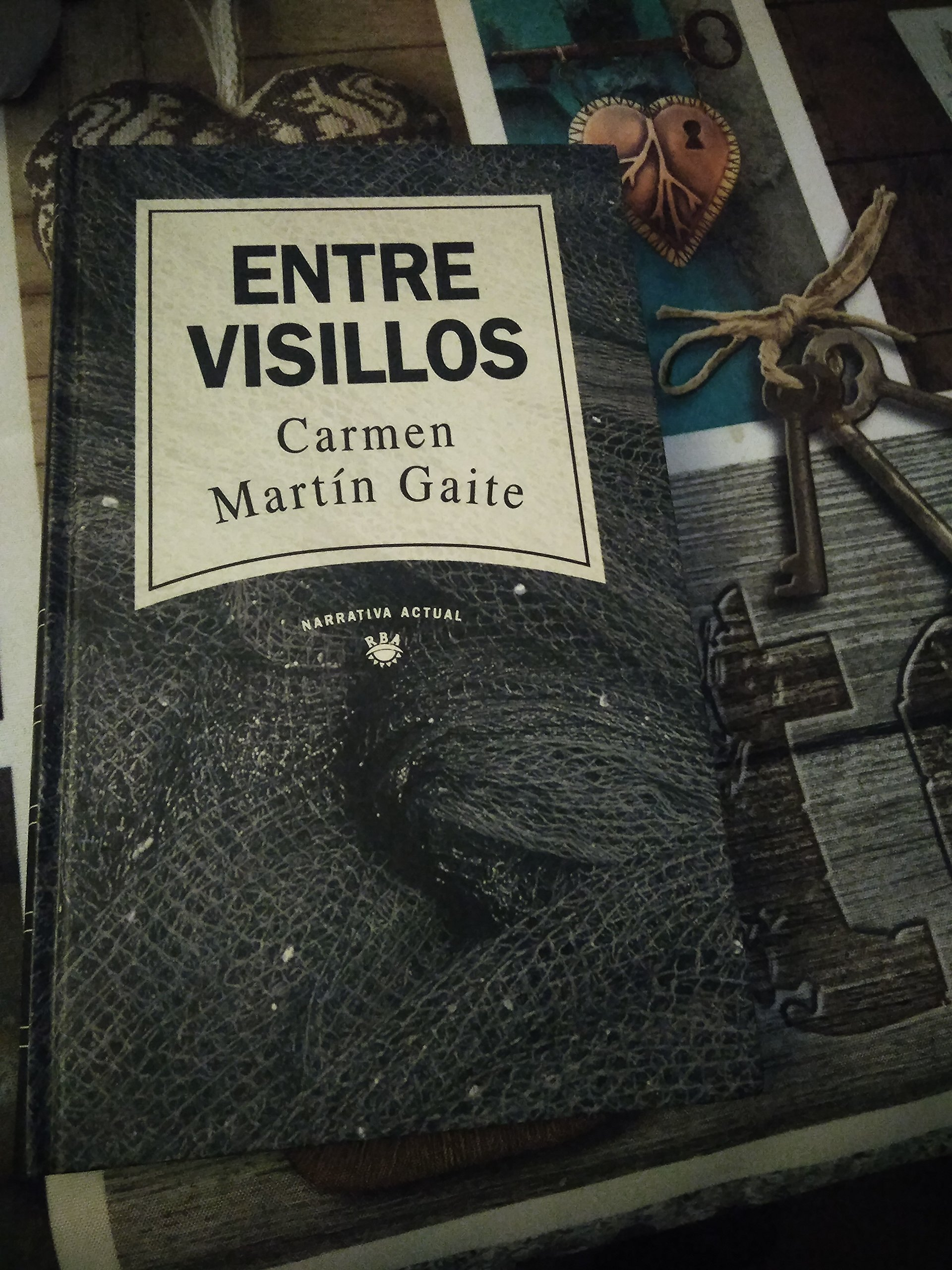 ENTRE VISILLOS.: Amazon.es: MARTIN GAITE, CARMEN:: Libros