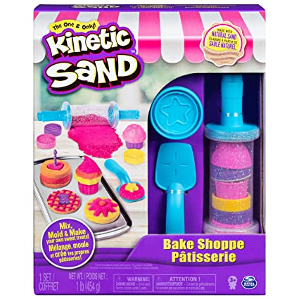 6d748b501c Amazon.com: Kinetic Sand, Bake Shoppe Playset with 1lb of Kinetic Sand and  16 Tools and Molds, for Ages 3 and Up: Toys & Games