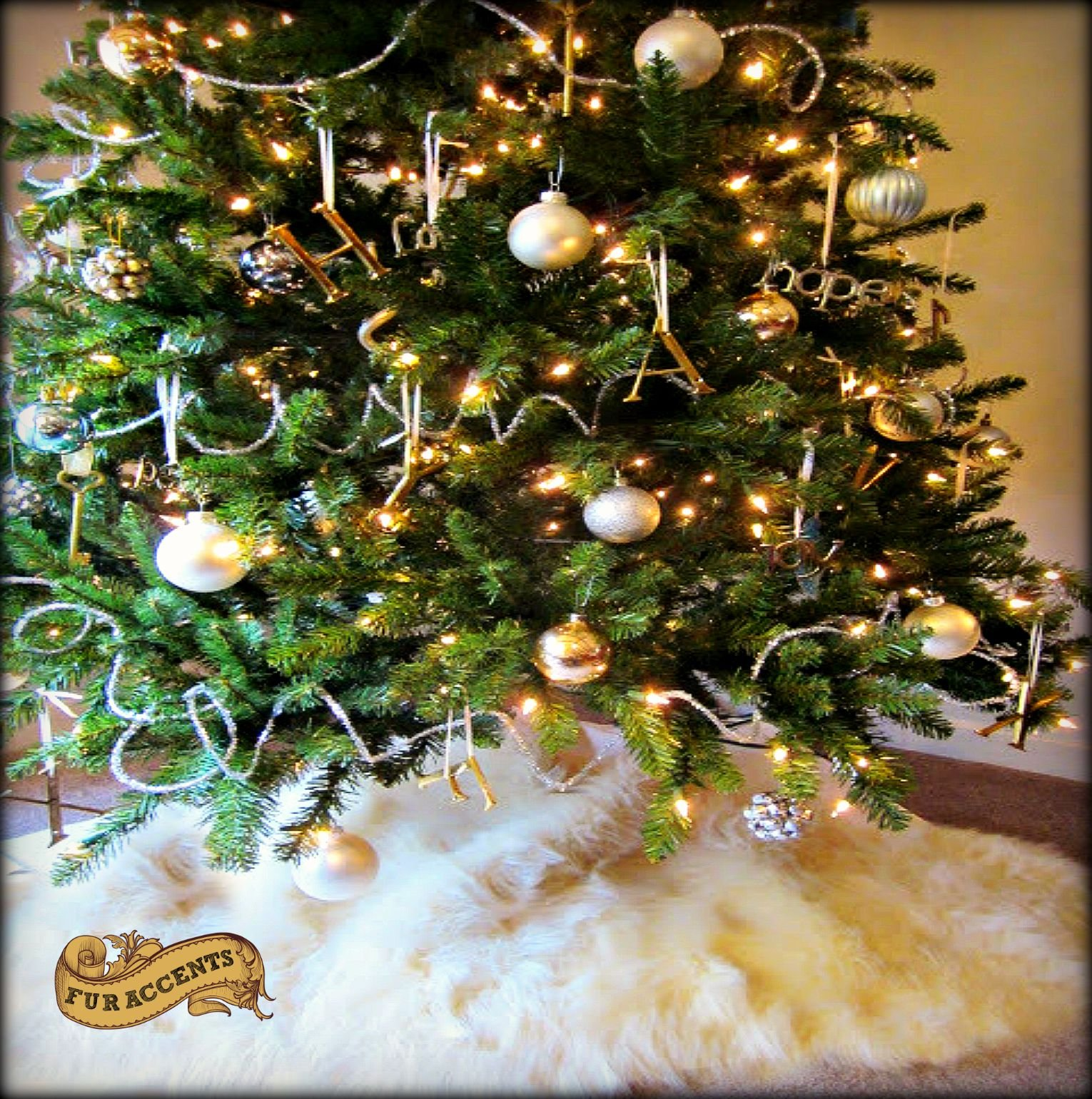 Classic Faux Fur Christmas Tree Skirt - Shaggy Shag Faux Sheepskin Round - White or Off White by Fur Accents - USA (8' Round, Off White)