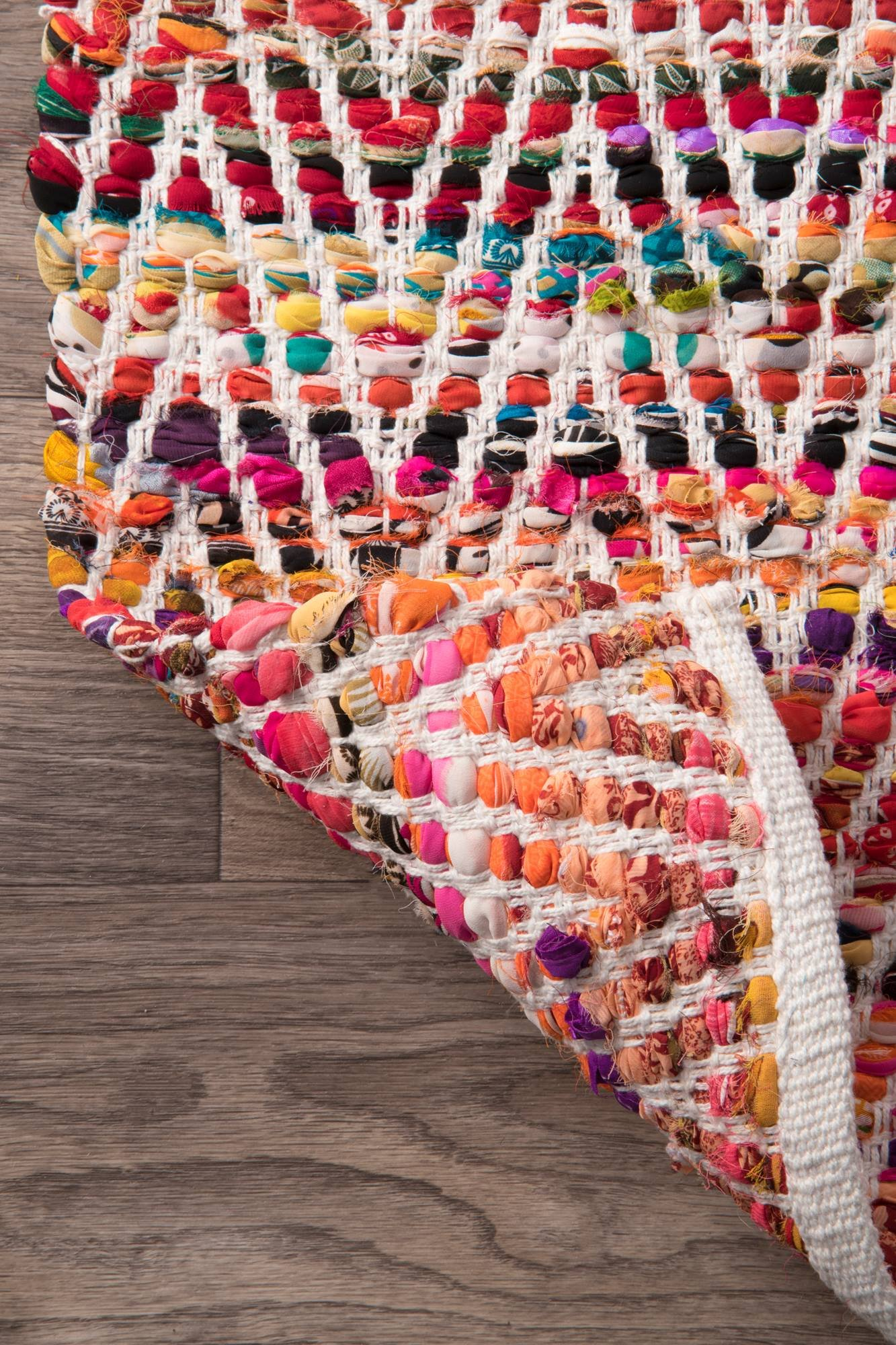 nuLOOM Hand Woven Candy Striped Chevron Area Rugs, 2' x 3', Magenta by nuLOOM (Image #4)