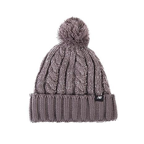 e6670719ddf Amazon.com  New Balance Unisex-Adult Winter Pom Beanie
