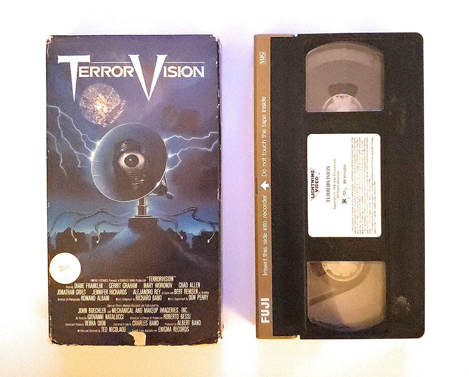 Science Fiction Side Of Everyday Life >> Amazon Com Terrorvision Vhs Diane Franklin Mary Woronov Gerrit