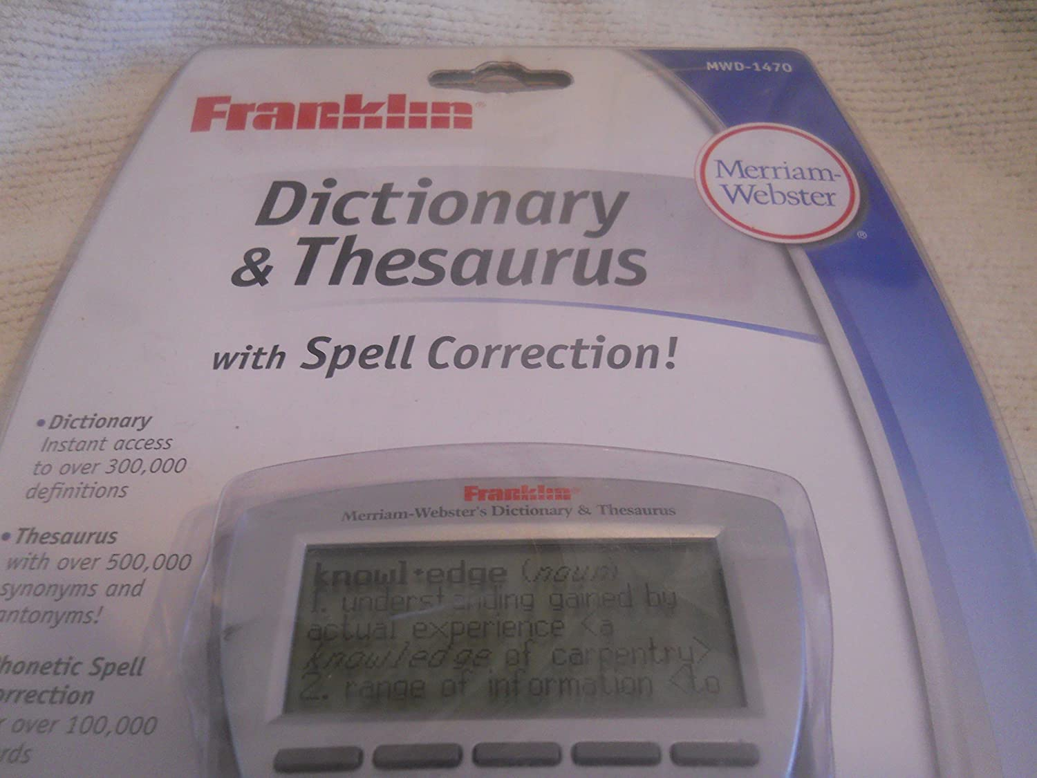 Amazon.com : Franklin Electronics MWD-1470 Merriam Webster Electronic  Dictionary and Thesaurus : Electronic English Dictionaries : Office Products