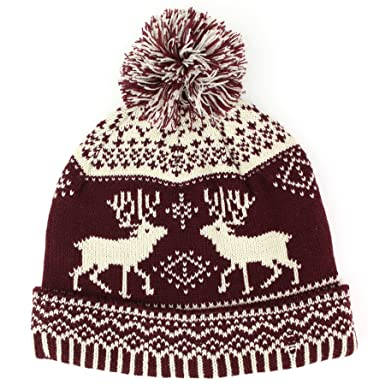 28026bd275a Hawkins double knit bobble beanie hat with reindeer fairisle pattern -  Maroon  Amazon.co.uk  Clothing