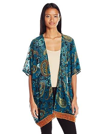 8fcd3670156 Amazon.com  Angie Women s Velvet Burnout Kimono with Crochet Hem  Clothing