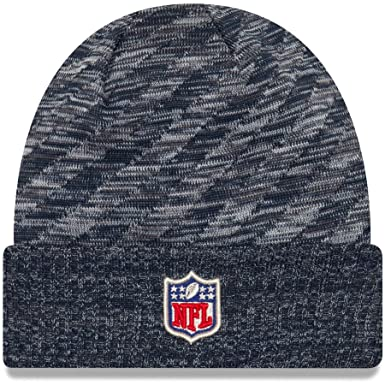 af51ef6008761 Amazon.com  New Era New England Patriots Knit On Field 18 TD Winter Hat  Navy Grey Size One Size  Clothing