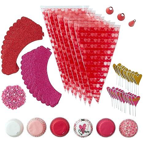Amazon.com: Wilton Valentines Day Glitter Cupcake Decorating Kit, 6-Piece: Kitchen & Dining