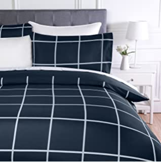 AmazonBasics - Juego de ropa de cama con funda de edredón, de microfibra, 135