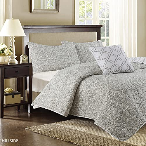 Deluxe and Reversable Quilt Set