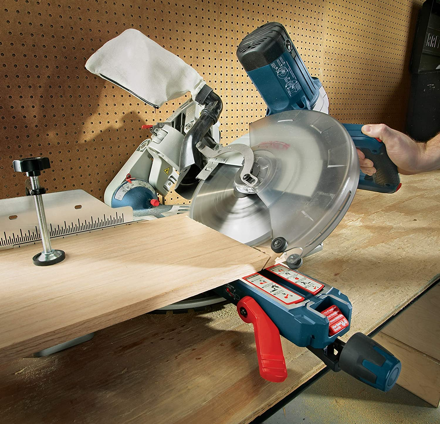 product image of Bosch GCM12SD in use