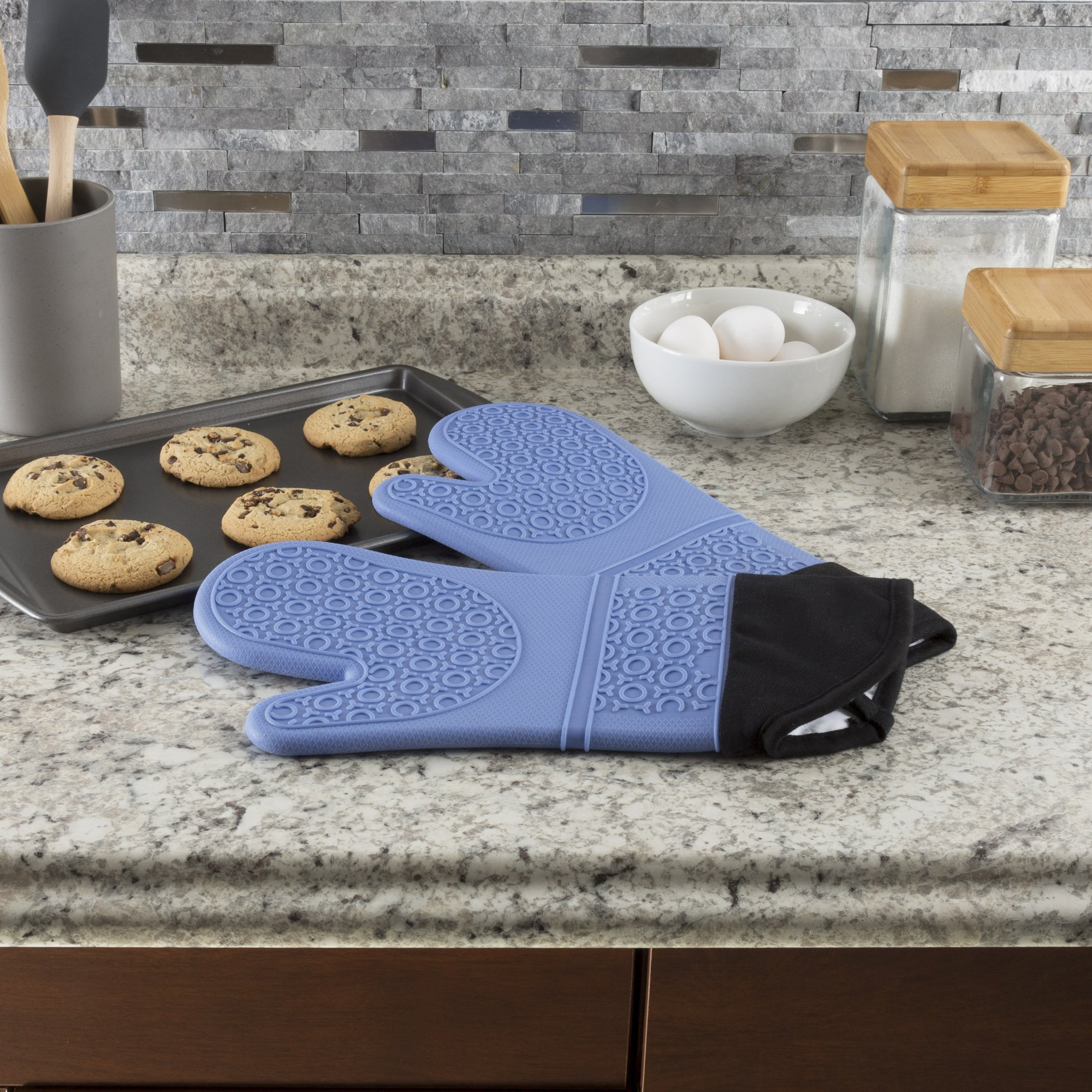 Silicone Oven Mitts – Extra Long Professional Quality Heat Resistant with Quilted Lining and 2-sided Textured Grip – 1 pair Blue by Lavish Home by Lavish Home (Image #2)