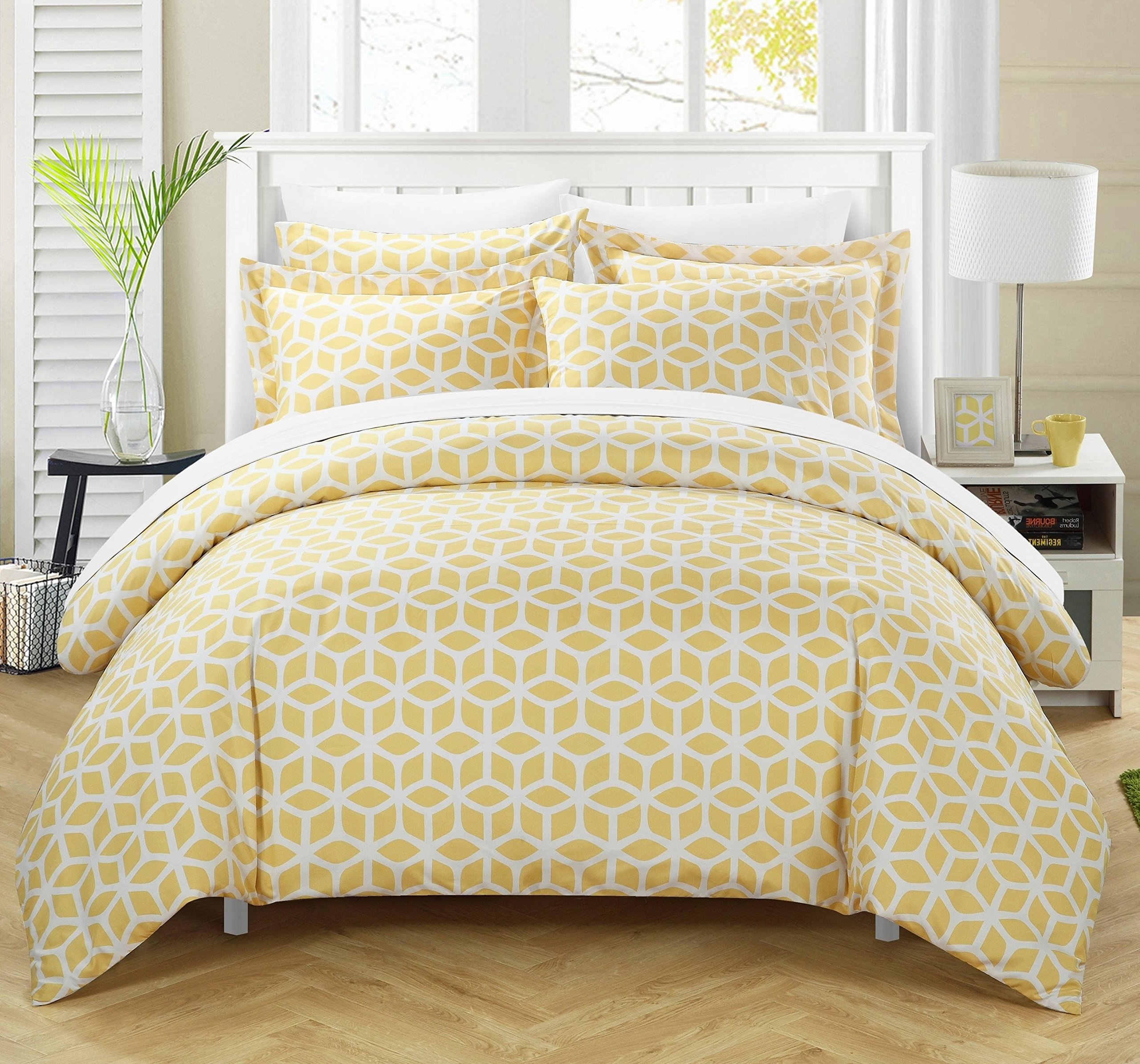 Chic Home 3 Piece Cyril Geometric Diamond Printed reversible Queen Duvet-Cover-sets Yellow