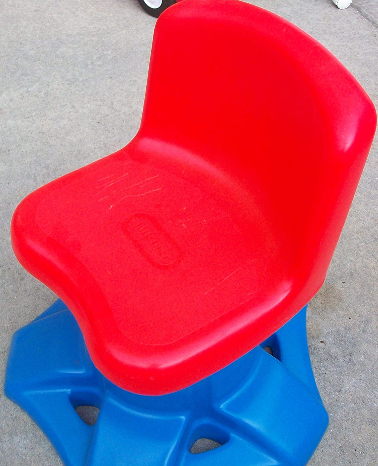 Amazoncom Little Tikes Art Desk Activity Table Replacement Swivel