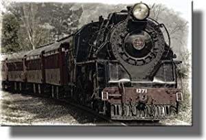 Train Locomotive Picture on Stretched Canvas, Wall Art Décor, Ready to Hang!