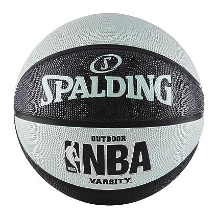 Spalding Varsity Gummi Outdoor Basketball