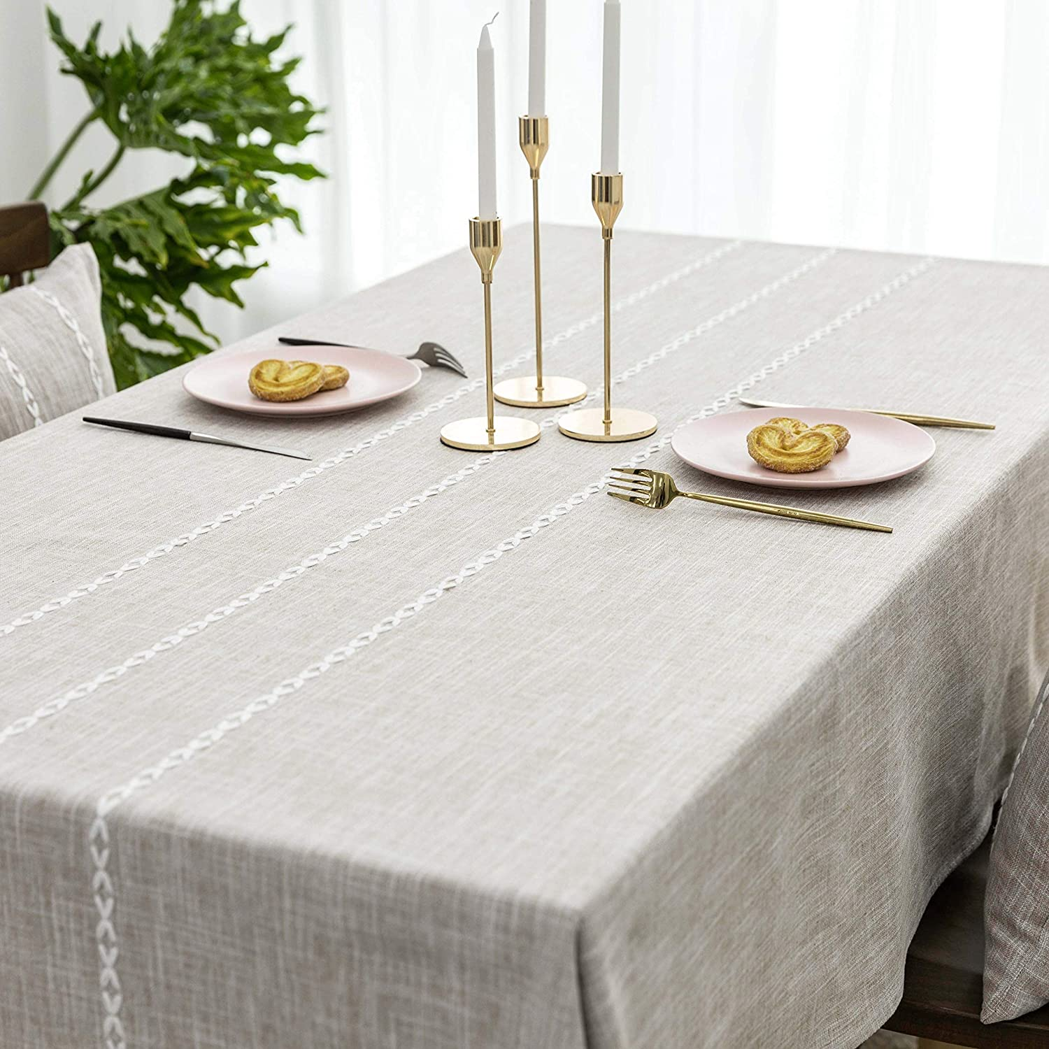 Home Brilliant Faux Burlap Tablecloth Rectangular Oblong Table Cover for Kitchen Dinning Striped Tabletop Decoration (52 x 72 Inch, Light Linen)
