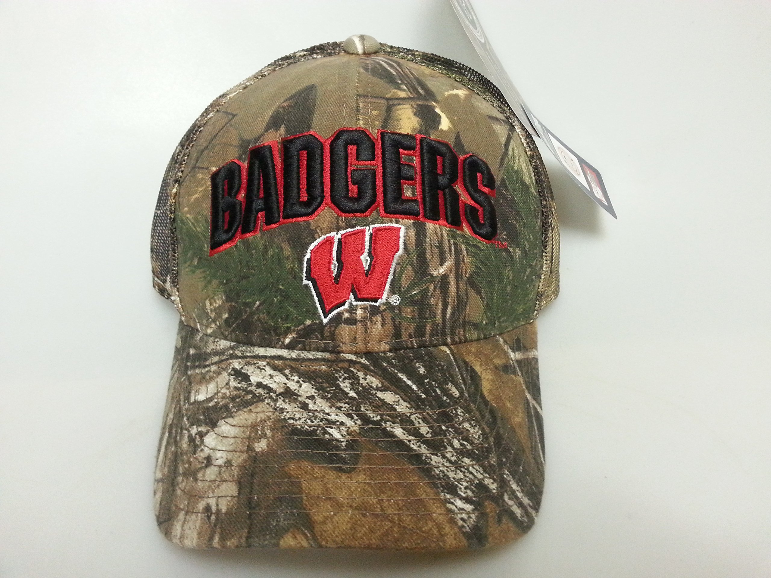 NCAA New Wisconsin Badgers Realtree Mesh Camo Buckle Hat