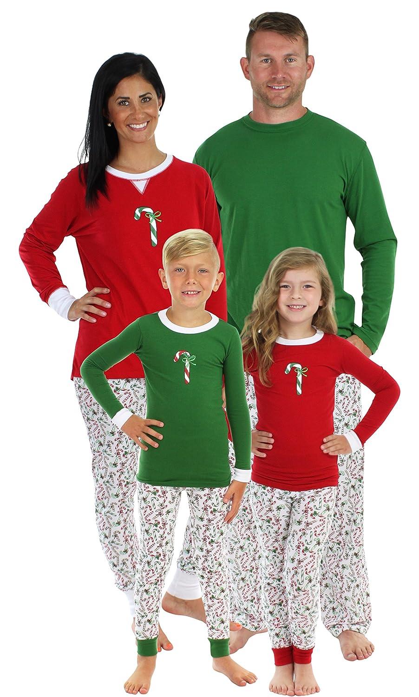 fee50c51f8 Amazon.com  Sleepyheads Candy Cane Family Matching Pajama Set - Kids ...