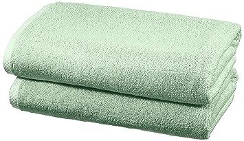 AmazonBasics - Juego de 2 toallas de secado rápido, 2 toallas de baño - Verde