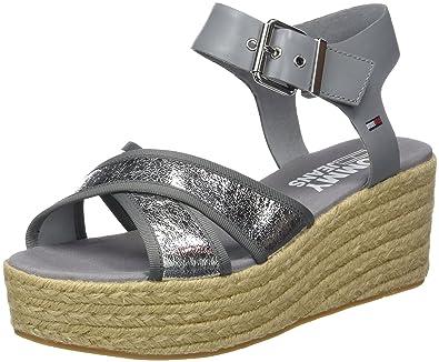 7a264a9593b Tommy Jeans Women s Metallic Flatform Sandal  Amazon.co.uk  Shoes   Bags