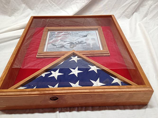 Amazon.com: Flag and Certificate Display Case, 3x5 Flag Display ...