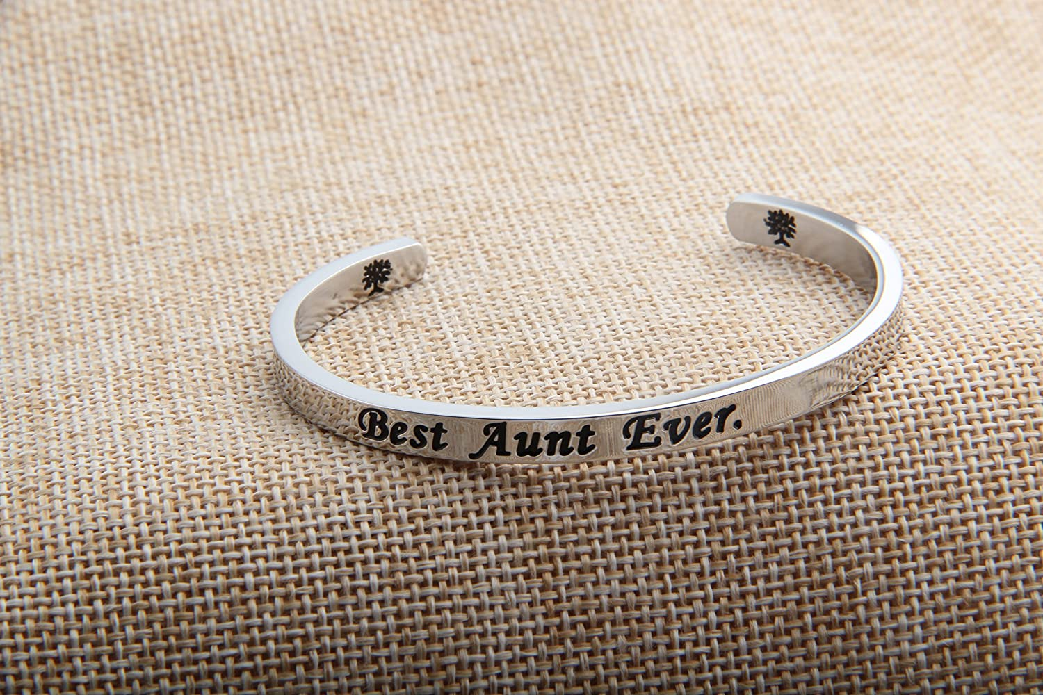 FEELMEM Gift for Aunt Best Aunt Ever Cuff Bangle Bracelet,Aunt Jewelry,Bracelets for Aunts,Birthday Gift for Auntie from Nephew Niece