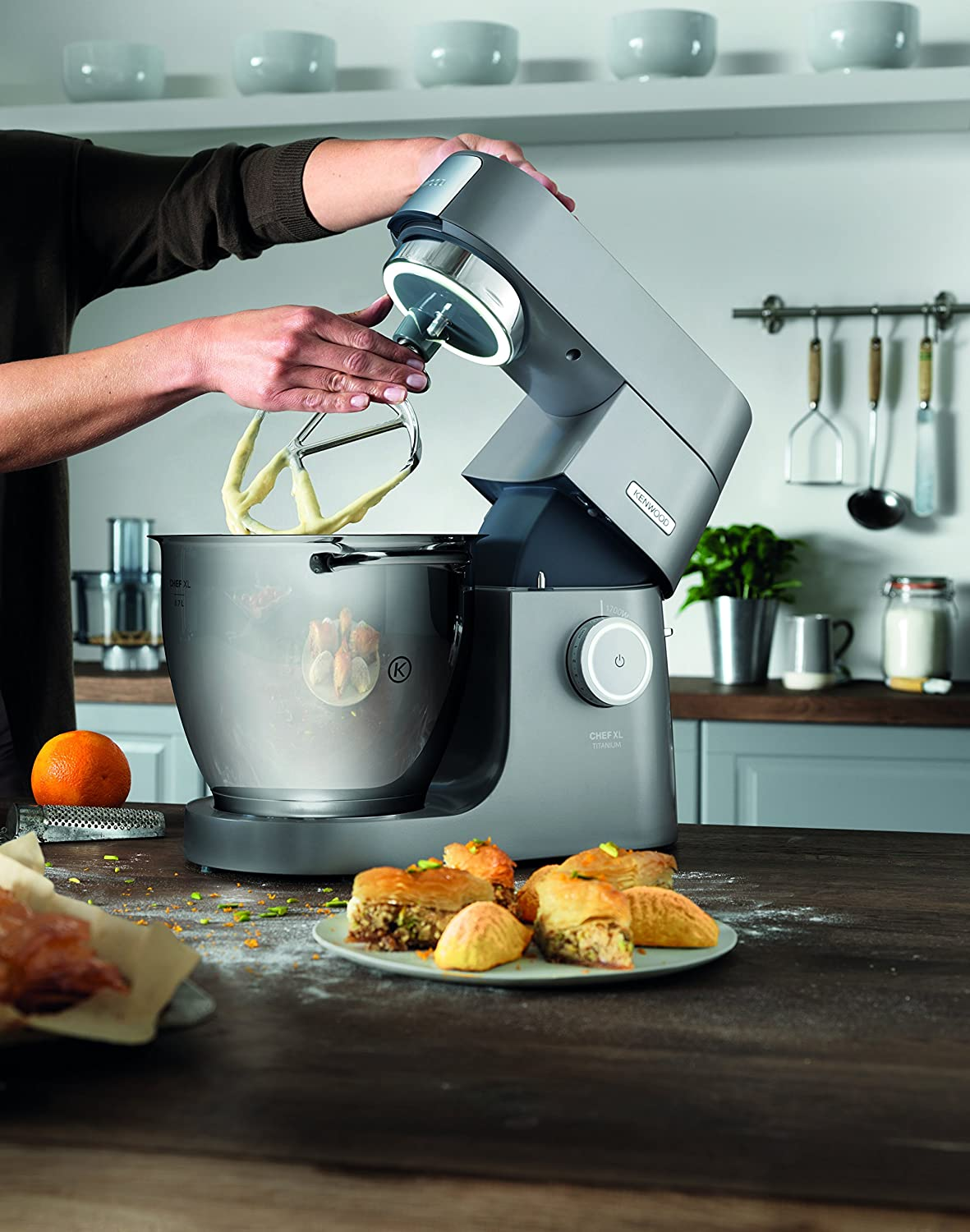 Kenwood Chef Titanium XL Stand Mixer KVL8300S: Amazon.es: Hogar