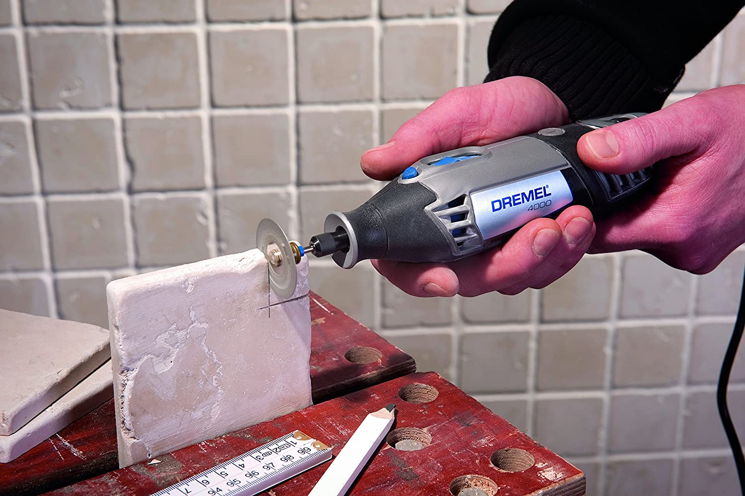 Dremel 4000-6//50 120-Volt Variable-Speed Rotary Tool with 50 Accessories
