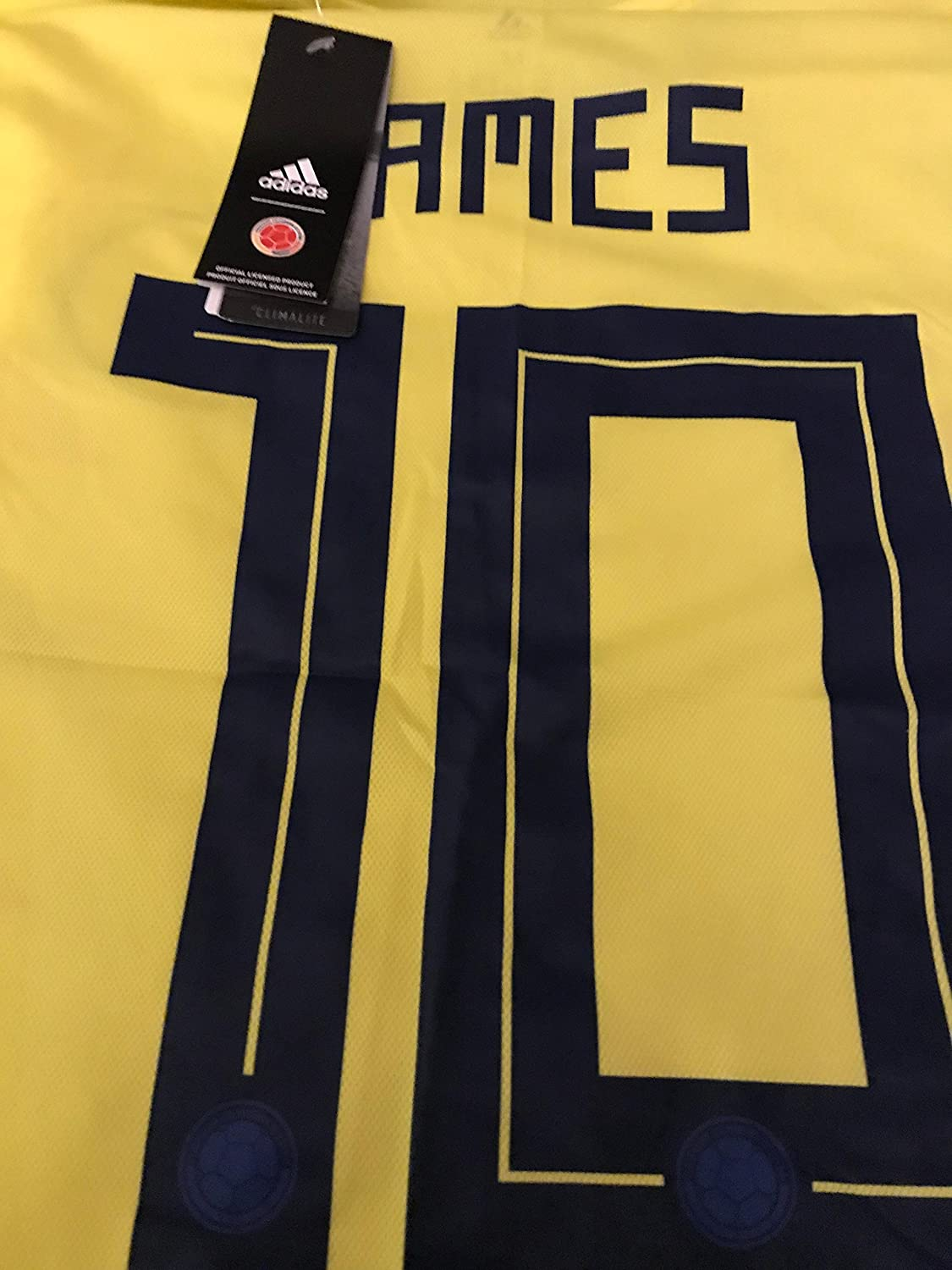 Amazon.com: James #10 Colombia Home Mens Jersey World Cup 2014 (Large): Sports & Outdoors