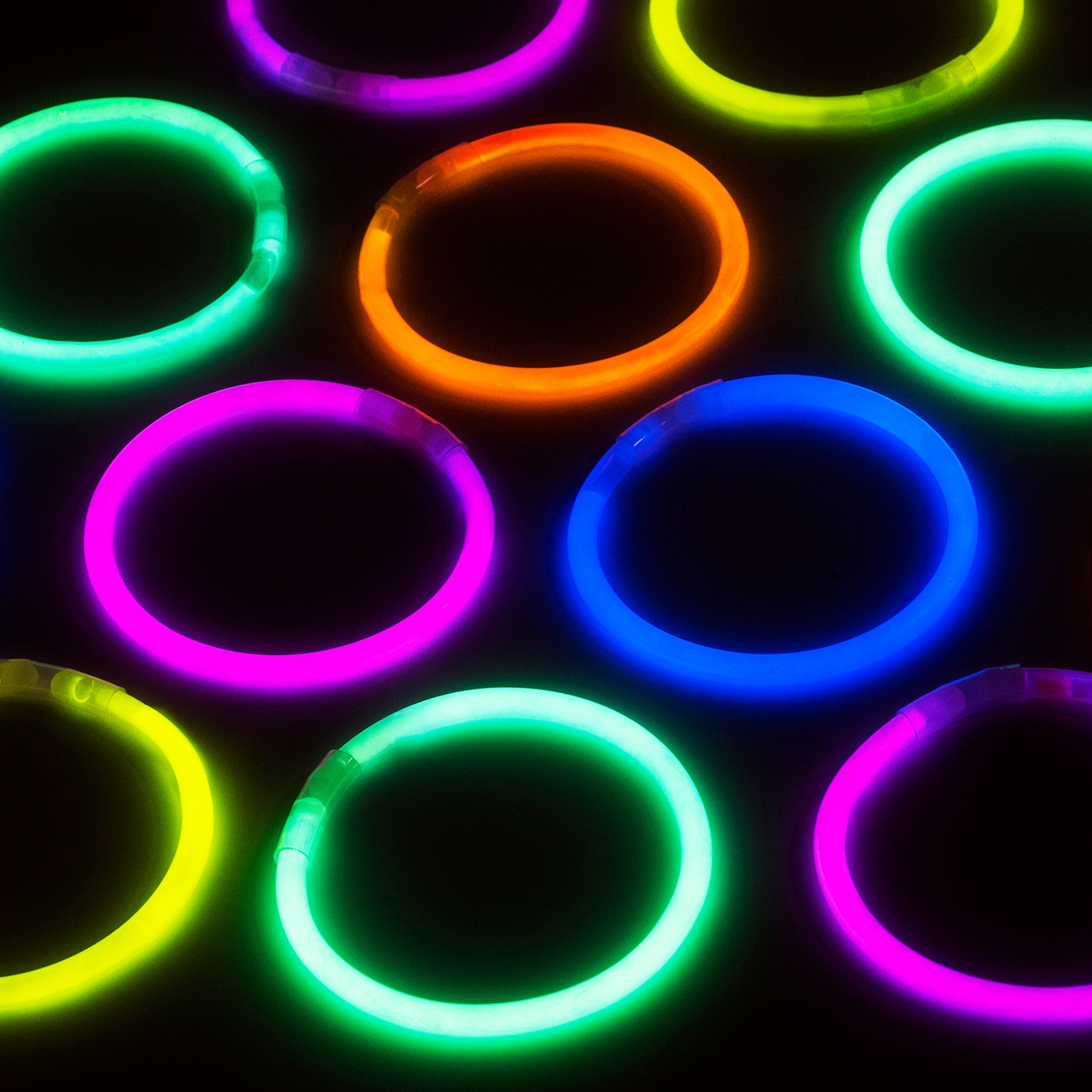 Glow Sticks Bulk Party Favors 400pk - 8'' Glow in the Dark Party Supplies, Light Sticks Neon Party Glow Necklaces and Bracelets for Kids or Adults by PartySticks (Image #7)