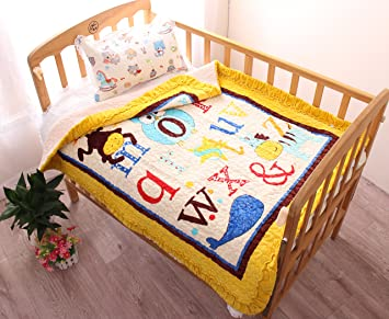 Amazon Com J Pinno Cute Animals Letters Cozy Plush Cotton Quilt