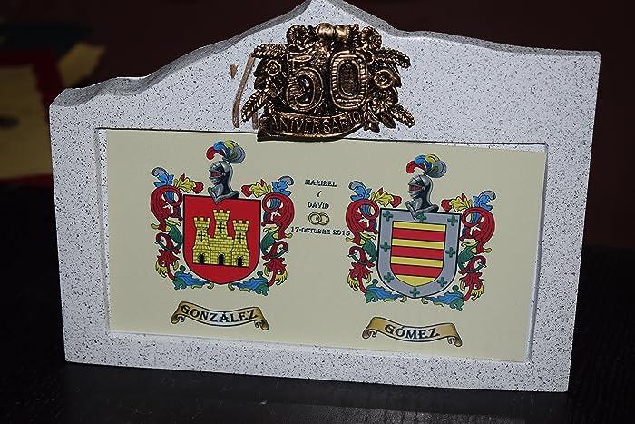 Escudo heráldico sobre granito bodas de oro o plata: Amazon ...