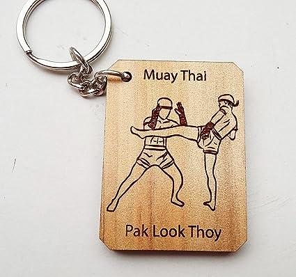 Amazon.com: Muay Thai, Boxeo Tailandés Llavero Pak Look thoy ...
