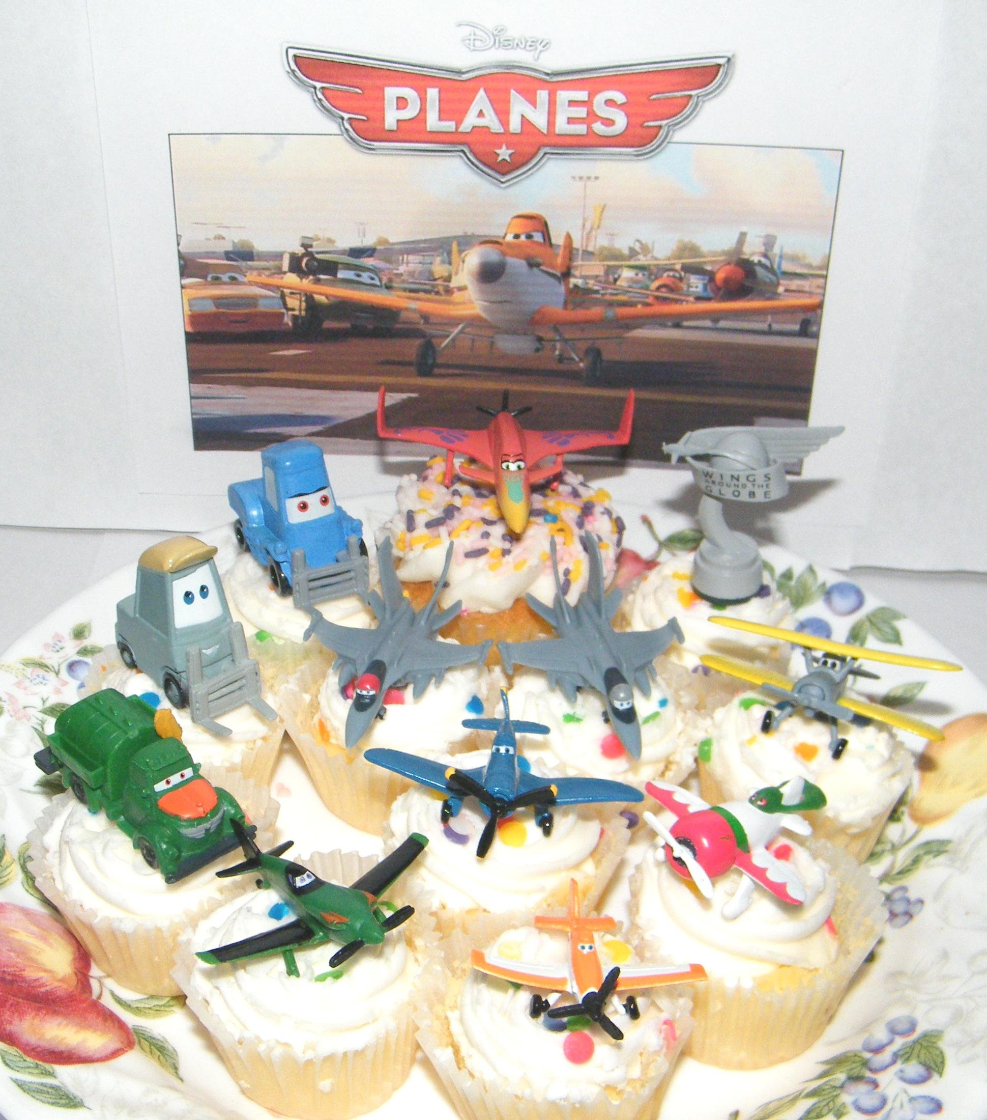Disney Planes Movie Figure Deluxe Cake Toppers / Cupcake Party Favor Decorations Set of 12 with Dusty, Rally Trophy, Racers, Jet Fighters and More!