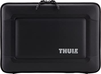 competitive price 73353 dbc55 Thule Gauntlet 3.0 Sleeve for 15-Inch MacBook Pro with Retina Display -  Black