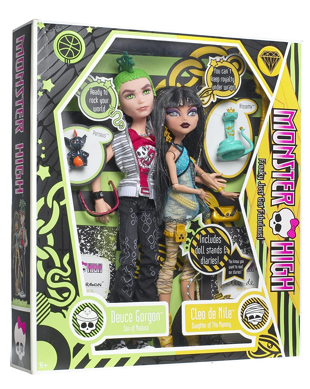 Amazoncom Monster High Cleo De Nile and Deuce Gorgon Giftset