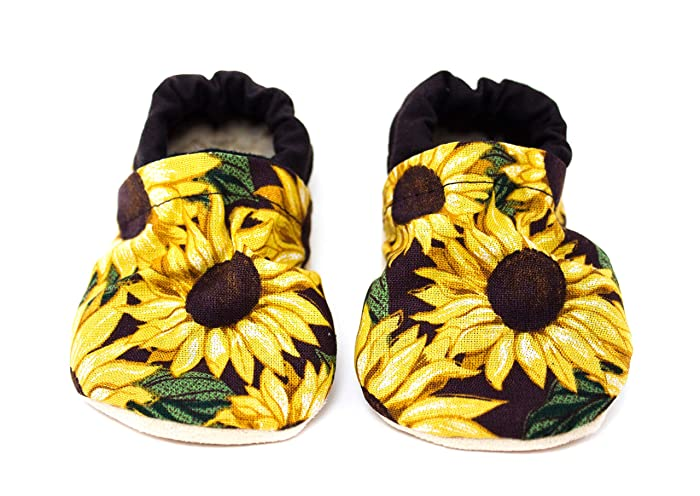 648f973fa072 Amazon.com  Sunflower Baby Shoes  Handmade
