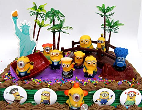 Amazoncom DESPICABLE ME 14 Piece Birthday Cake Topper Set