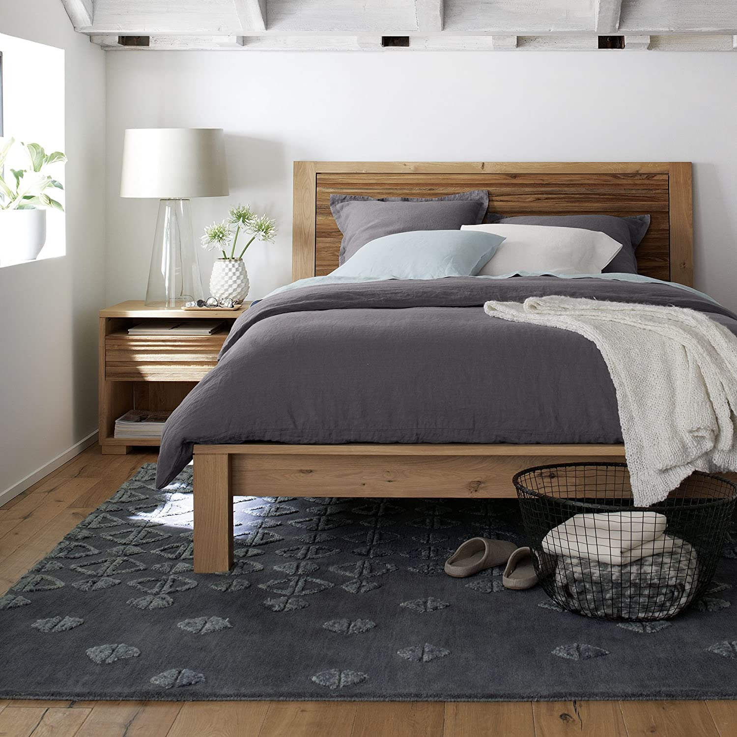 Pleasing Crate And Barrel Sierra Queen Bed Amazon Ca Home Kitchen Download Free Architecture Designs Scobabritishbridgeorg