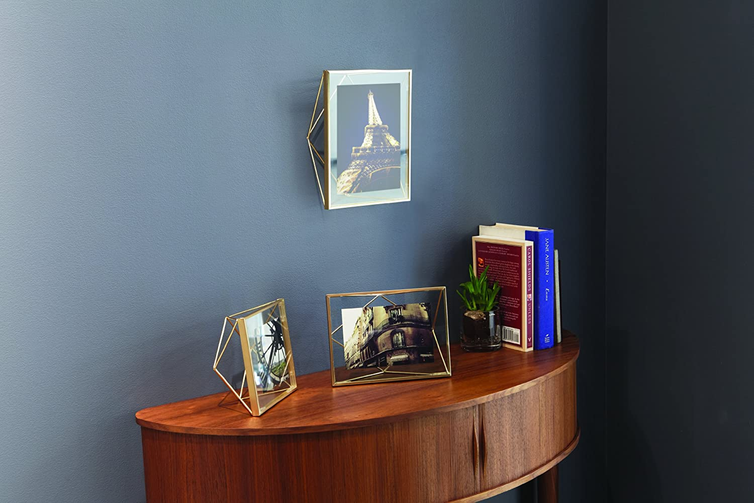 amazoncom umbra prisma picture frame 5 by 7 inch matte brass