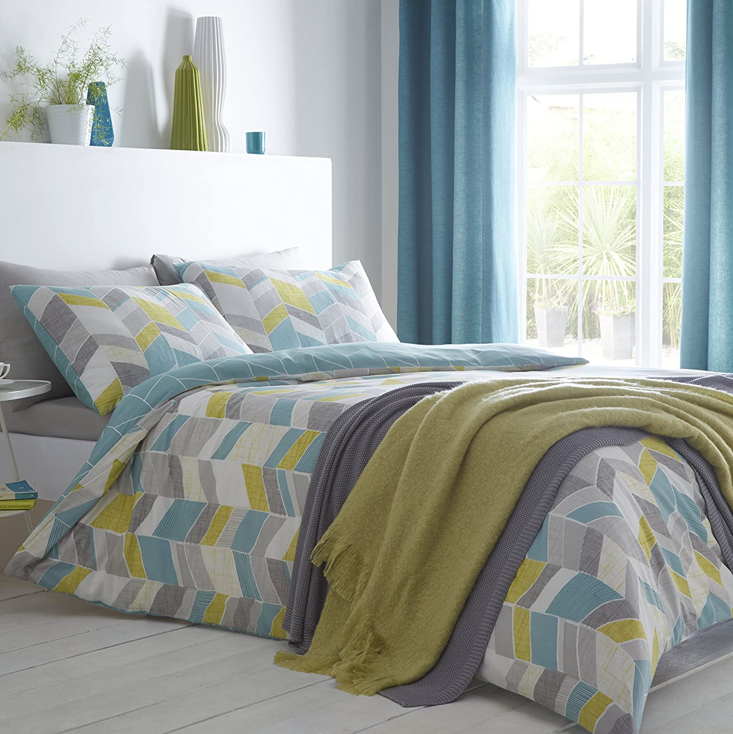 Fusion antina teal mustard green and grey angled colour blocks face and solid reverse duvet cover set double amazon co uk kitchen home